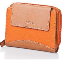 Skórzany portfel w kolorze pomarańczowym - 12,5 x 10 x 3 cm. Brązowe portfele damskie I MEDICI FIRENZE, ze skóry. W wyprzedaży za 148,95 zł.