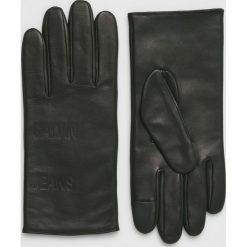 Calvin Klein Jeans - Rękawiczki skórzane. Czarne rękawiczki męskie marki Calvin Klein Jeans, z jeansu. Za 349,90 zł.