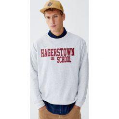 """Bluza college """"Hagerstown School"""". Czarne bluzy męskie marki Pull&Bear, m. Za 89,90 zł."""