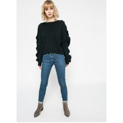 Vero Moda - Sweter Sky. Szare swetry klasyczne damskie marki Vero Moda, l, z dzianiny, z okrągłym kołnierzem. W wyprzedaży za 69,90 zł.