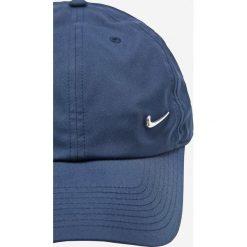 Nike Sportswear - Czapka Heritage 86 Cap. Różowe czapki z daszkiem męskie marki Nike Sportswear, l, z nylonu, z okrągłym kołnierzem. Za 59,90 zł.