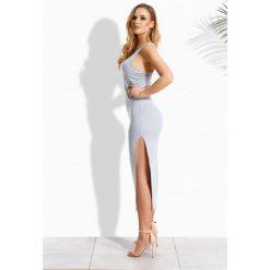 Elegancka długa sukienka w typie bokserki jasnoszary melanż AVERY. Szare bokserki damskie marki Lemoniade, xl, eleganckie, z dekoltem na plecach, z długim rękawem, maxi. Za 59,00 zł.