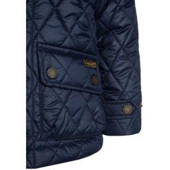 Polo Ralph Lauren BARN OUTERWEAR Kurtka zimowa french navy. Niebieskie kurtki chłopięce zimowe marki Polo Ralph Lauren, z materiału. W wyprzedaży za 503,20 zł.