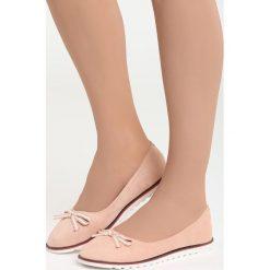 Różowe Balerinki My Option. Białe baleriny damskie z kokardą marki Born2be, na płaskiej podeszwie. Za 69,99 zł.