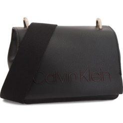 Listonoszki damskie: Torebka CALVIN KLEIN - Pop Small Crossbody K60K604594 001