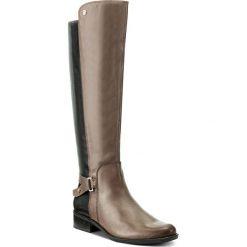 Oficerki CAPRICE - 9-25523-29 Taupe/Blk Comb 326. Brązowe buty zimowe damskie marki Caprice, ze skóry, na obcasie. W wyprzedaży za 359,00 zł.