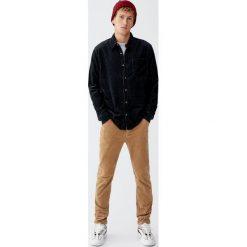 Sztruksowa koszula basic. Szare koszule męskie Pull&Bear, m, ze sztruksu. Za 89,90 zł.