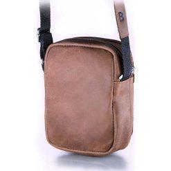 Torba na ramię listonoszka BRODRENE Jasny brąz. Szare torby na ramię męskie marki Brødrene, w paski, ze skóry. Za 119,90 zł.