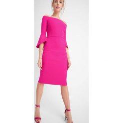 Sukienki: Sukienka z dekoltem carmen