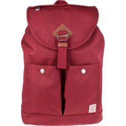 Doughnut - Plecak Montana. Czerwone plecaki męskie Doughnut, z materiału. W wyprzedaży za 259,90 zł.