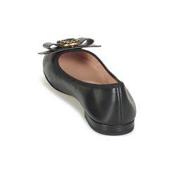 Baleriny Marc Jacobs  INTERLOCK ROUND TOE. Czarne baleriny damskie marki Marc Jacobs. Za 1143,20 zł.