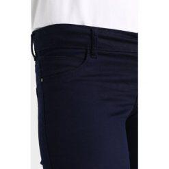 Jeansy damskie: Vero Moda VMHOT FIVE BIKER ANKLE PANTS Jeans Skinny Fit night sky