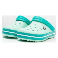 Crocs CROCBAND Sandały kąpielowe new mint/tropical teal. Różowe kąpielówki męskie marki Crocs, z materiału. Za 189,00 zł.