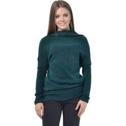 Sweter w kolorze zielonym. Zielone swetry klasyczne damskie marki Lada Lucci, xxs, ze stójką. W wyprzedaży za 169,95 zł.