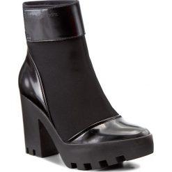 Botki CALVIN KLEIN JEANS - Sister R0587 Black. Czarne buty zimowe damskie marki Calvin Klein Jeans, z jeansu, na obcasie. W wyprzedaży za 379,00 zł.
