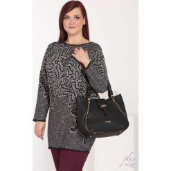 Swetry klasyczne damskie: Sweter w esy floresy II