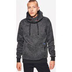 Sweter o kroju bluzy - Czarny. Czarne swetry klasyczne męskie Cropp, l. Za 119,99 zł.