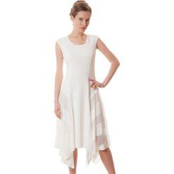 Sukienki asymetryczne: Sukienka w kolorze białym
