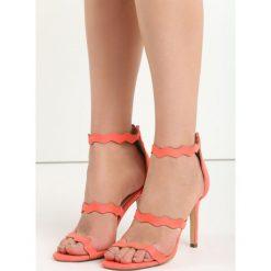 Pomarańczowe Sandały Skyways. Brązowe sandały damskie marki Born2be, w paski, na wysokim obcasie, na szpilce. Za 79,99 zł.