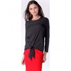 Wizytowa Czarna Prosta Bluzka z Wiązaniem. Czarne bluzki wizytowe marki Molly.pl, l, eleganckie. W wyprzedaży za 130,11 zł.