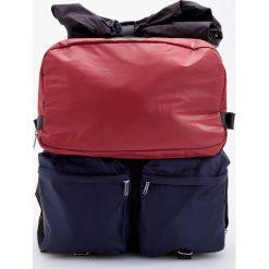 Plecak z pokrowcem ReDesign - Wielobarwn. Różowe plecaki męskie Reserved. Za 179,99 zł.