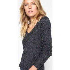 Kardigany damskie: Sweter z dekoltem w serek z cienkiej dzianiny