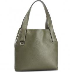 Torebka COCCINELLE - CE5 Mila E1 CE5 11 02 01 Caper G02. Zielone torebki klasyczne damskie Coccinelle, ze skóry, bez dodatków. Za 1049,90 zł.