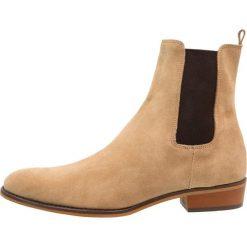 Botki męskie: Shoe The Bear JOEL Botki taupe
