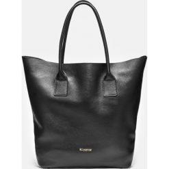 Czarna torebka damska. Czarne torebki klasyczne damskie marki Kazar, ze skóry, duże. Za 849,00 zł.