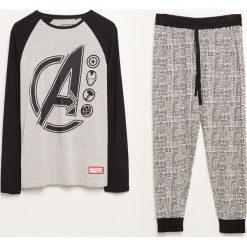Piżama dwuczęściowa ze spodniami Marvel - Szary. Szare piżamy męskie Reserved, l, z motywem z bajki. Za 99,99 zł.