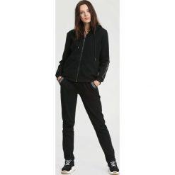 Spodnie dresowe damskie: Czarne Spodnie Dresowe Egoist