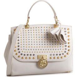Torebka GUESS - HWGLAS L9119 IVM. Białe torebki klasyczne damskie Guess, z aplikacjami, ze skóry ekologicznej. Za 1169,00 zł.