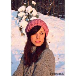 Czapki zimowe damskie: Czapka róż hand made z wełną