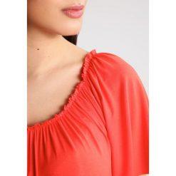 T-shirty damskie: 9Fashion MINORE Tshirt z nadrukiem coral