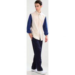 Koszule męskie na spinki: Mads Nørgaard SENDEN Koszula beige/blau