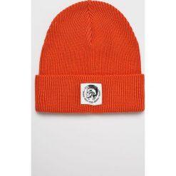 Diesel - Czapka/kapelusz K.CODER.0DAOB. Szare czapki zimowe męskie Diesel, na zimę, z dzianiny. Za 229,90 zł.