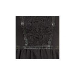 Sukienki krótkie Naf Naf  OBISE. Sukienki małe czarne marki NAF NAF, l, z krótkim rękawem. Za 295,20 zł.