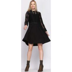 Czarna Sukienka Emotionless. Czarne sukienki hiszpanki Born2be, s, mini. Za 69,99 zł.