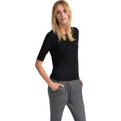 """Swetry klasyczne damskie: Sweter """"Timia"""" w kolorze czarnym"""