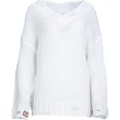 Kremowy Sweter Obeisance. Białe swetry klasyczne damskie Born2be, l. Za 79,99 zł.