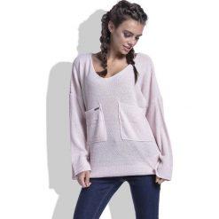 Różowy Sweter w Serek z Kieszeniami z Przodu. Niebieskie swetry oversize damskie marki Molly.pl, na co dzień, l, z elastanu, z klasycznym kołnierzykiem, oversize. Za 102,90 zł.
