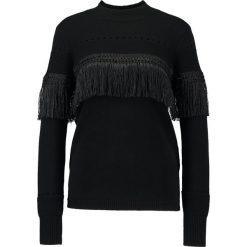 Swetry klasyczne damskie: YAS YASFRINGY  Sweter black