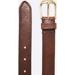 Wrangler - Pasek skórzany Refined Perforate. Brązowe bez kategorii marki Wrangler, w paski, z materiału. W wyprzedaży za 99,90 zł.
