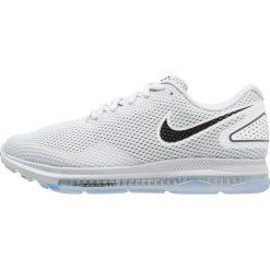 Nike Performance ZOOM ALL OUT LOW 2 Obuwie do biegania treningowe pure platinum/black/white. Czarne buty do biegania damskie marki Nike Performance, z materiału. W wyprzedaży za 382,85 zł.