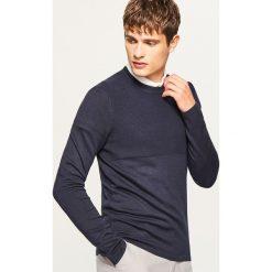 Sweter ze ściągaczową górą - Granatowy. Niebieskie swetry klasyczne męskie Reserved, l. W wyprzedaży za 59,99 zł.