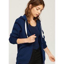 Dzianinowa bluza z kapturem - Granatowy. Niebieskie bluzy z kapturem damskie marki Sinsay, m, z dzianiny. Za 49,99 zł.
