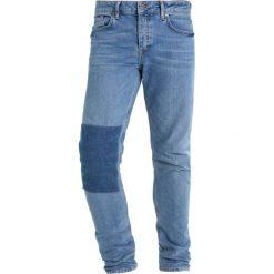 Topman JIMMY PATCH Jeansy Slim Fit blue. Niebieskie rurki męskie marki Topman. W wyprzedaży za 146,30 zł.