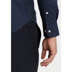 La Martina CURRO Koszula navy. Niebieskie koszule męskie na spinki La Martina, m, z bawełny. Za 749,00 zł.