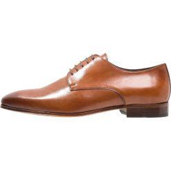 Buty wizytowe męskie: Avelar by PB VARGAS Eleganckie buty cognac