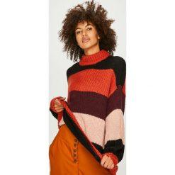 Vero Moda - Sweter. Brązowe swetry klasyczne damskie marki Vero Moda, m, z dzianiny. Za 169,90 zł.